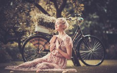bigstock-Dreaming-blond-retro-woman-wit-50228168